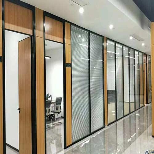 哈尔滨玻璃隔断联系方式