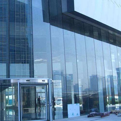 哈尔滨玻璃幕墙安装
